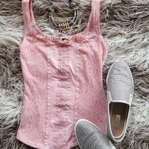 SEXY pink lace tank with ruffle. Adorable on!!
